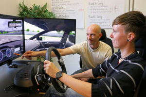 Ausbildung am Fahrsimulator in der Fahrschule Schlothauer
