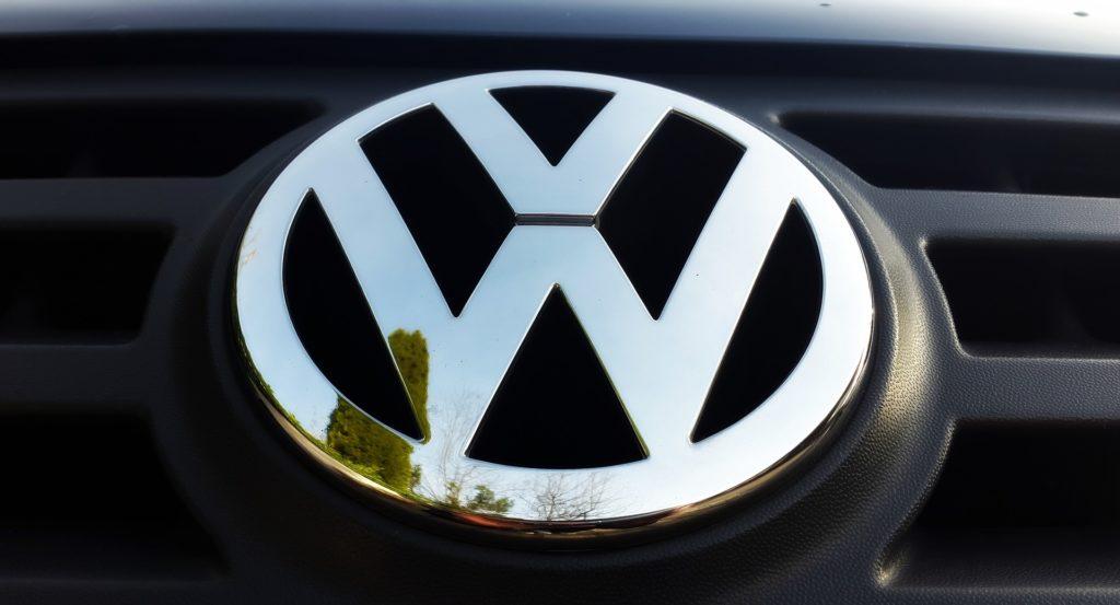 In Fahrschule Schlothauer schulen wir auf VW